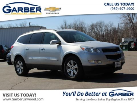Pre-Owned 2010 Chevrolet Traverse LT w/1LT AWD