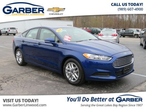 Pre-Owned 2016 Ford Fusion SE