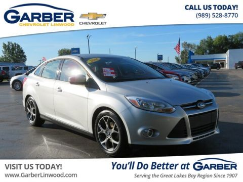 Pre-Owned 2014 Ford Focus SE FWD Sedan
